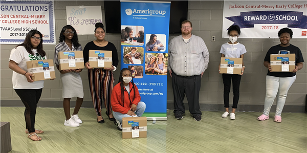 Students receive chromebooks donated by Amerigroup
